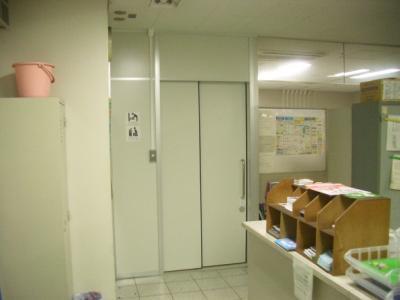 本町駅入り口