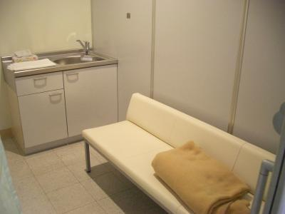 西中島南方授乳室ソファ